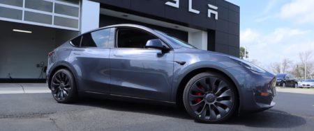Обзор Tesla Model Y